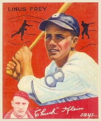 Lonny Frey - Baseball card of Frey