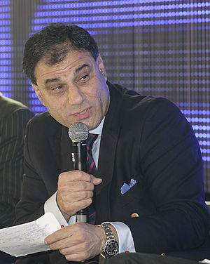Karan Bilimoria, Baron Bilimoria - Image: Lord Karan Bilimoria at Horasis Global India Business Meeting 2012 crop