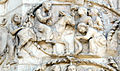 Lorenzo maitani e aiuti, scene bibliche 3 (1320-30) 12 entrata in gerusalemme.jpg