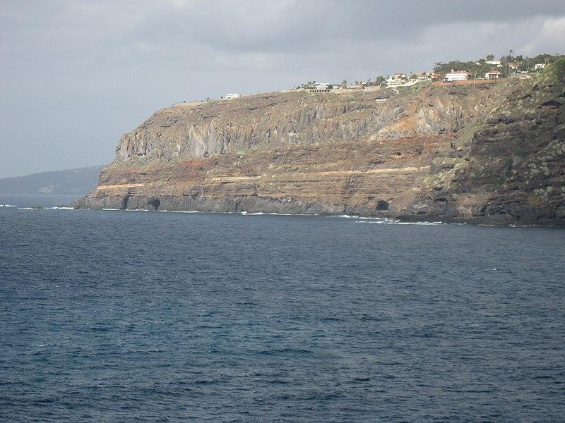 File:Los Gigantes, Tenerife - panoramio.jpg