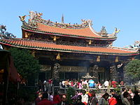 臺灣佛教知名廟宇:萬華龍山寺