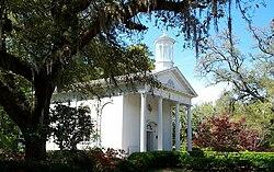 Luola S Chapel