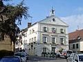 Luzarches - Mairie 01.jpg