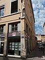Lyon 4e - Rue du Mail, vierge à l'angle de la rue d'Ivry.jpg