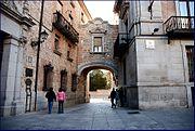 PROPUESTAS DE RULADA DE LA COMUNIDAD DE MADRID - DOMINGO 8 DE MARZO 180px-MADRID_PLAZA_DE_LA_VILLA_A_CALLE_DEL_ROYO_8-12-2006