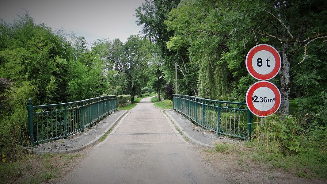 Pont sur le Serein