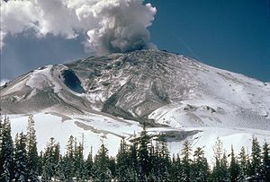 1980 eruption of Mount St. Helens - USGS photo showing a pre-avalanche eruption on April 10
