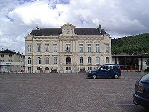 Nouzonville - Image: Mairie de Nouzonville 08