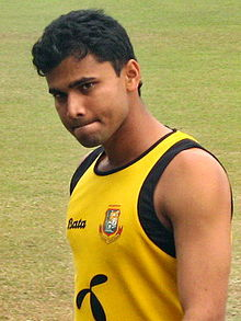 Mashrafe Mortaza training, 23 January, 2009, Dhaka SBNS.jpg