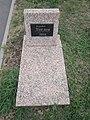 Memorial Cemetery Individual grave (21).jpg