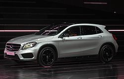 Mercedes-Benz-GLA Side-Front.JPG