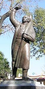 Statua di Miguel Hidalgo y Costilla