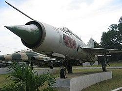 [250px-MiG_21]