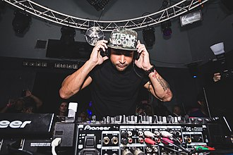 Michael Woods (DJ) - Woods at Sutra in California, 2015