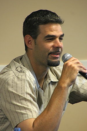 Mike Lowell 02:09, 23 July 2008 . . PhreddieH3...