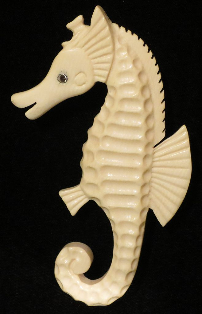 Seahorse Ivory