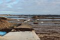Molo s lodičkami u Plougrescant, Côte de Granit Rose - panoramio.jpg