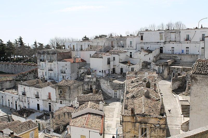 File:Monte Sant'Angelo - panoramio (27).jpg