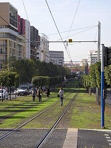 Montpellier t le froiss e entre tramway et voiture avenue du mondial 98 wikinews - Carrefour market port marianne montpellier ...