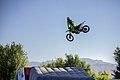Motocross in Iran- Ali Borzozadeh حرکات نمایشی موتورکراس در شهرکرد، علی برزوزاده، عکاس- مصطفی معراجی 11.jpg