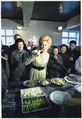 Mrs. Nixon samples cuisine on a visit to the Peking Hotel kitchen - NARA - 194415.tif