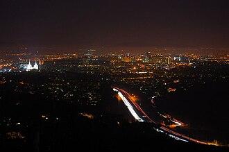 Mount Soledad - Image: Mt soledad night 1000px