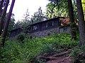 Mumlavská bouda, od řeky.jpg
