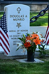 Color photograph of Douglas Munro's gravestone