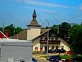 New Glarus Village Hall - panoramio (1).jpg