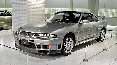 400px-Nissan_Skyline_R33_GT-R_001.jpg
