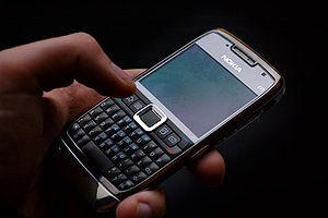 Nokia E71 hold in the palm