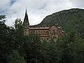 Nuestra Señora de Covadonga, vista lateral.jpg
