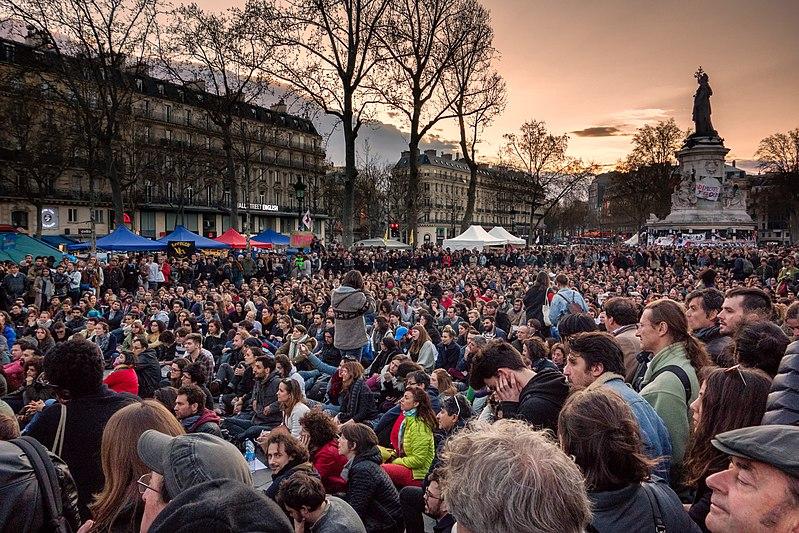 File:Nuit Debout - Paris - 41 mars 01.jpg