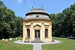 Obersiebenbrunn - Schloss, Gartenpavillon.JPG
