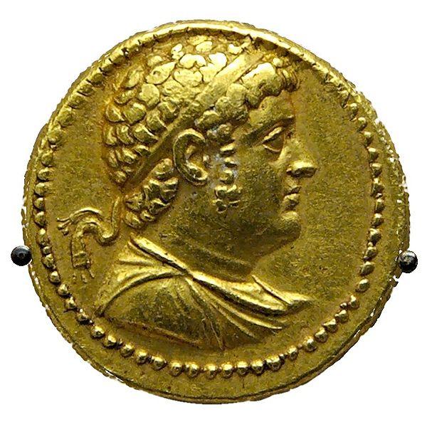 Archivo:Octadrachm Ptolemy IV BM CMBMC33.jpg