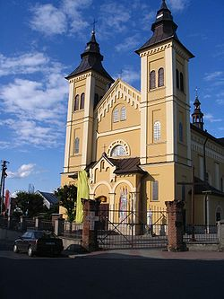 Old church in Glogow Malopolski.jpg