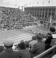 Olimpiai Úszóstadion, a műugrótoronnyal. Fortepan 17419.jpg
