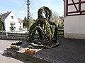 Osterbrunnen in Bahra (Hirschstein), Sachsen (2).JPG