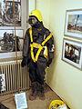 Oude duikersuitrusting, Geniemuseum, Vught, foto 5.JPG