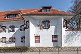 Pörtschach Leonsteinerstraße 1 Schloss Leonstein Süd-Teilansicht 07042019 6366.jpg