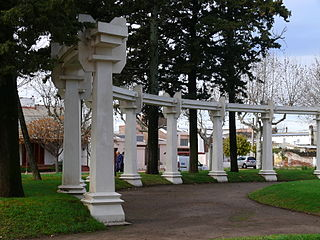 Palacio Municipal de Pellegrini, Equipamientos..JPG