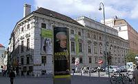 Palais Lobkowitz3.jpg