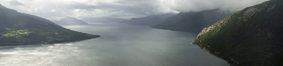 PanoHardangerfjorden1