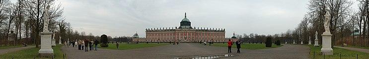 Panorama Neues Palais (2006).jpg