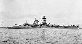 Panzerschiff Admiral Graf Spee in 1936.jpg