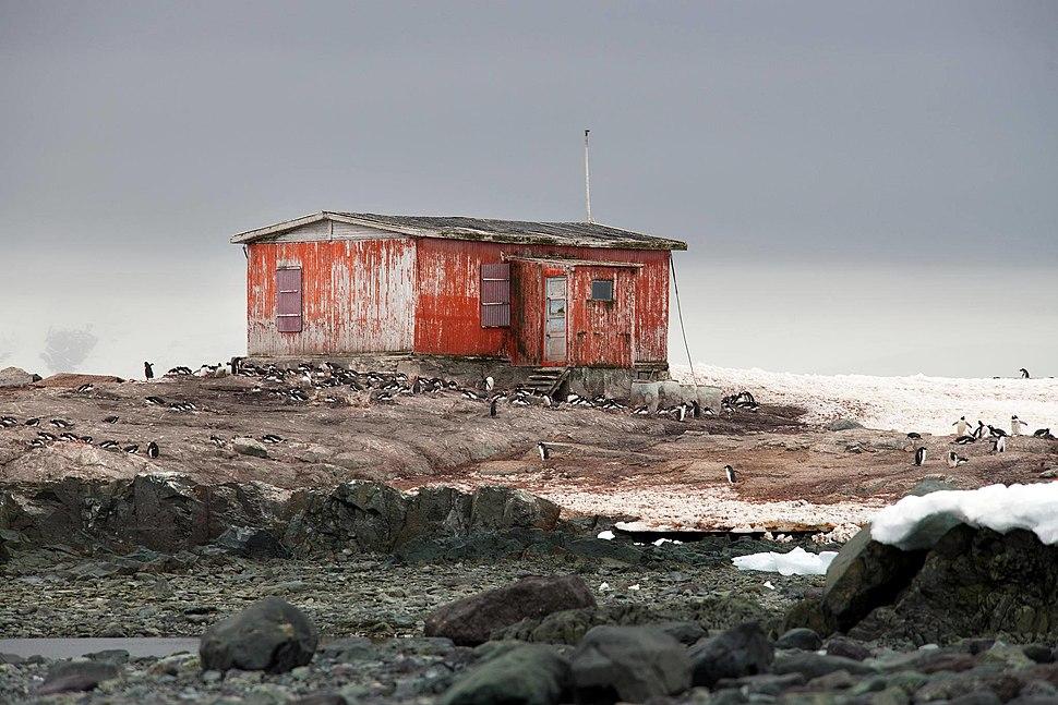 Petermann Island, Antarctica (16580347011)
