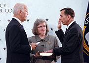 Petraeus ceremonially sworn in as CIA Director