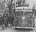 Pierwszy warszawski trolejbus na linii A dar Moskwy dla Warszawy 1946.jpg
