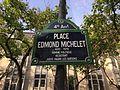 Place Edmond-Michelet (Paris) - plaque.JPG