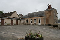 Prévelles - Mairie.JPG